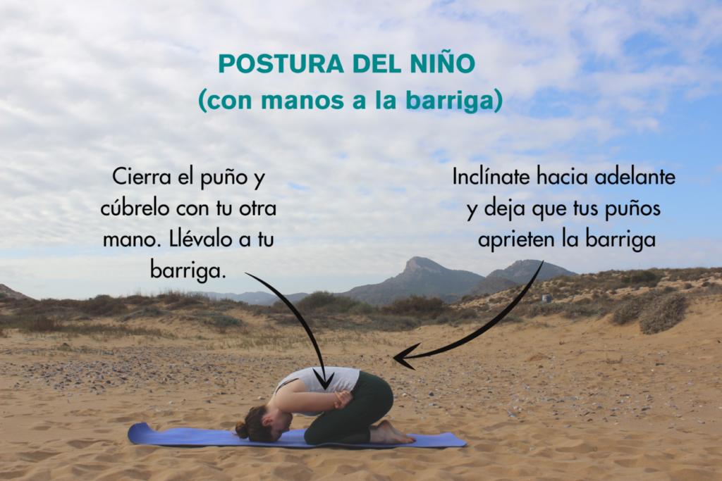 postura del niño con manos a la barriga para la digestión