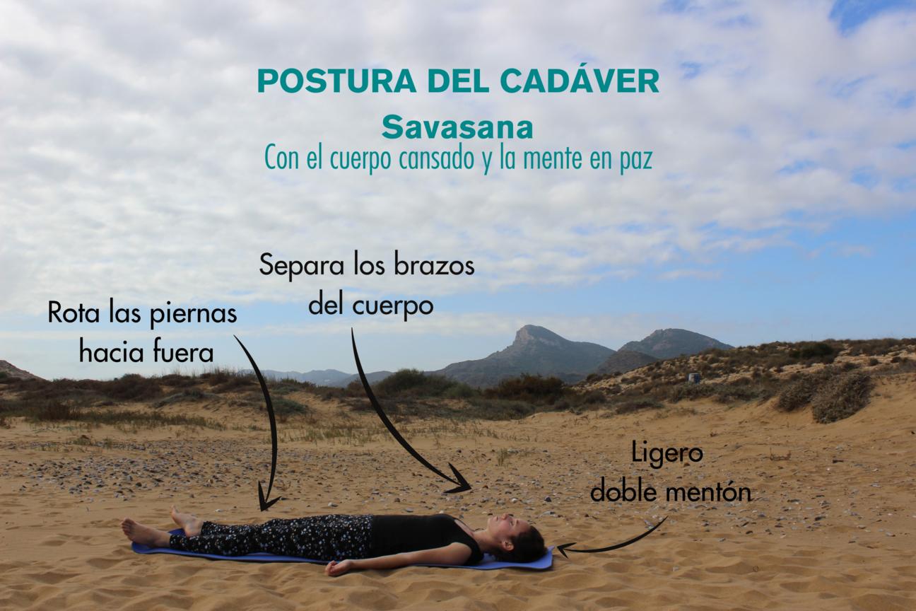 Instrucciones paso a paso para la postura del cadaver savasana yoga
