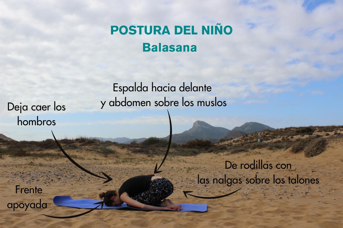 instrucciones paso a paso para postura del niño balasana yoga
